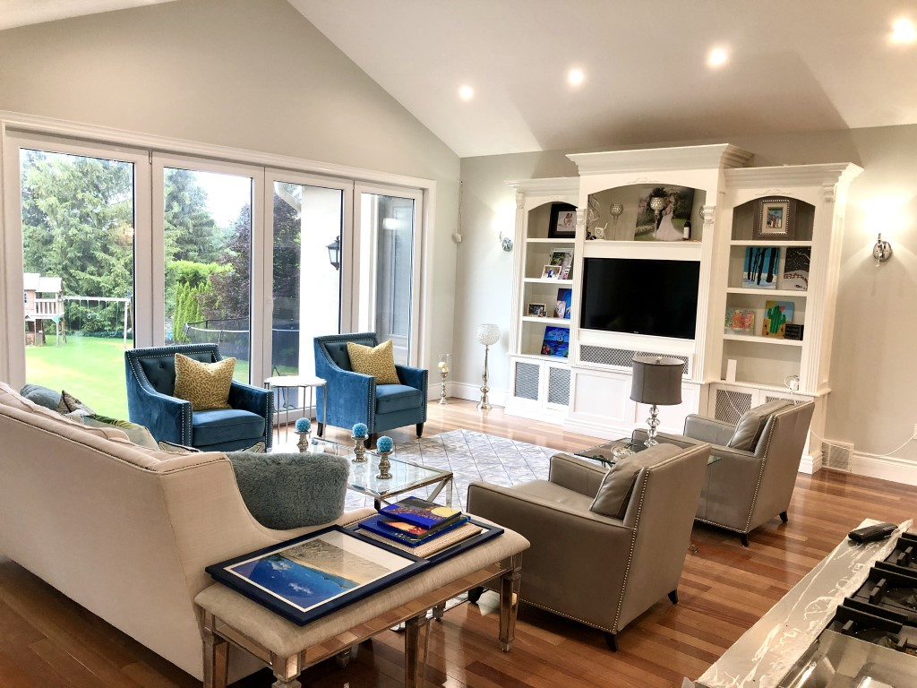 Image depicts a newly painted living room from Arkadys Painting's living room painting project in Orangeville.